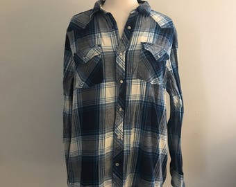 Vintage Oversize Blue White and Black Plaid Flannel Shirt for Men and Women Size Large, 90s Grunge Clothing, Soft Grunge, 1990s