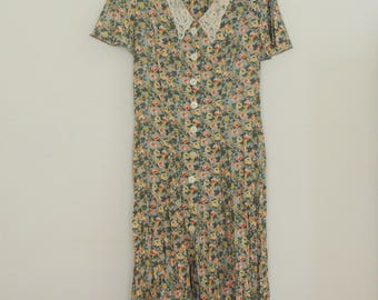 Green Floral Print Dress with Lace Collar - Late  80s/ Early 90s