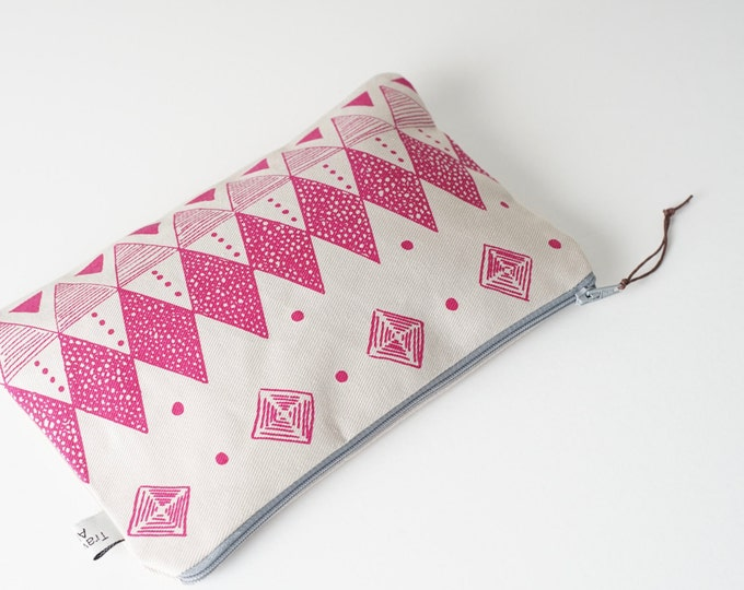 Medium Pouch - Geometric in Pink