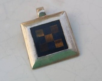 Vintage 9.3 Grams sterling silver pendant Israel 925