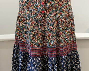 "1970's Vintage Multi Colored Calico Patchwork Gunne sax Prairie Girl Cotton Pleated Full Tiered 26"" waist Autumn Prairie Girl Look"