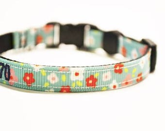 """Personalized Cat Collar / Mini Dog Collar / Flowers / Adjustable Collars / Made to Order / 3/8"""" Wide"""