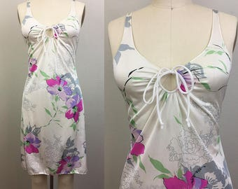 Vintage 70s KEYHOLE SLIP Mini Dress White and Pink Floral S