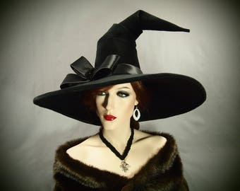 "Witch Hat ""Lorelai"""