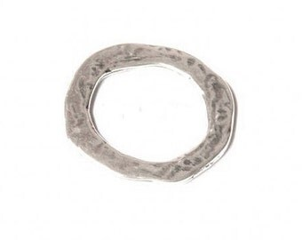 41x38mm Antique Silver Jewelry Component, Closed Irregular Hammered Ring, Jewelry making supplies, finding