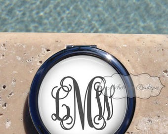 Monogram compact mirror,Personalized Compact Mirror, Custom,mirror,Compact Mirror,Bridesmaid Gift,Wedding party gift,Gifts for her,MB314