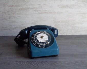 vintage original french phone retro 1970's // color petrol blue // housewares // decor seventis retro // home decor // french country