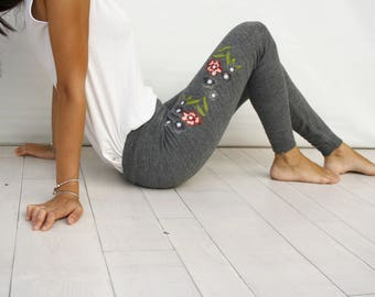 Gray Embroided Leggings / Grey Colorful Flower Embroided Leggings Pants