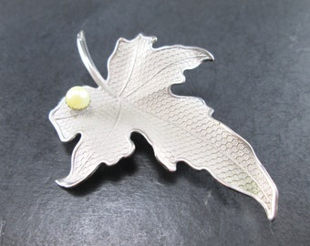 Vintage Silver Tn Textured Faux Pearl Maple Leaf Brooch Pin 60s