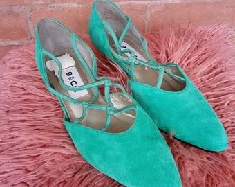 9 & Co. Emerald Green Suede Kitten Heels