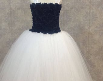 Navy and White Tutu Dress, Flower Girl Tutu Dress, White Flower Girl Dress, Jr Bridesmaid Tutu Dress, White Tutu Dress Navy Blue Flowers