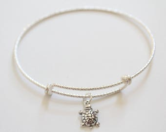 Sterling Silver Bracelet with Sterling Silver Turtle Charm, Turtle Charm Bracelet, Turtle Bracelet, Turtle Pendant Bracelet, Tiny Turtle