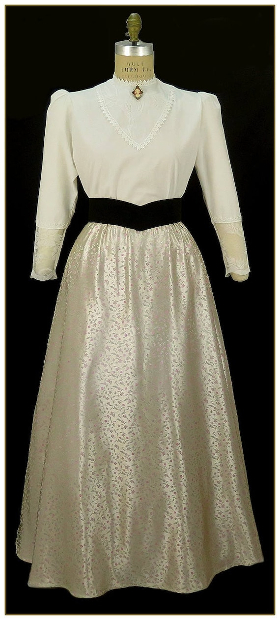 Victorian Costumes: Dresses, Saloon Girls, Southern Belle, Witch Champagne Floral SkirtChampagne Floral Skirt $59.00 AT vintagedancer.com