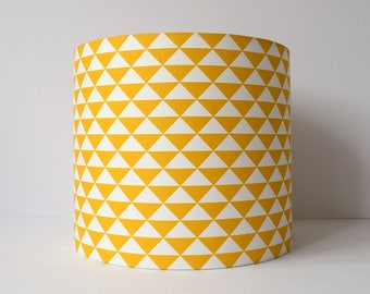 Yellow Geometric Lampshade, Mustard Lamp Shade, Mustard Yellow Decor, Retro Lamp Shades, Retro Home Decor, 70s Style, Ceiling Light Shade