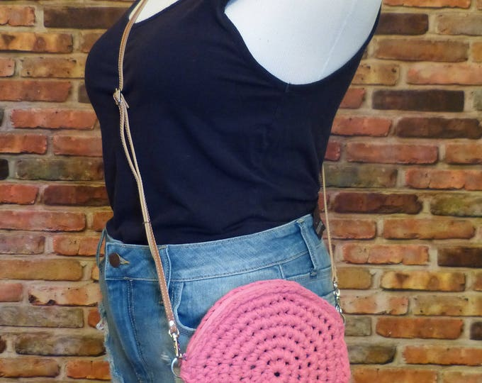Olivia Circle Purse (Pink)