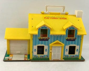 Vintage 1969 Fisher Price Family Play House With People and Furniture