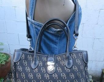 On Sale Dooney & Bourke Tote Signature Crossbody Jacquard and Leather Handbag Purse Pushlock Bag