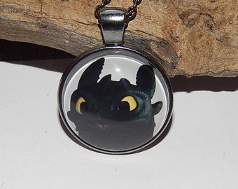 Toothless Night Fury head pendant necklace jewelry glass cabochon,  how to train your dragon toothless, httyd2, toothless dragon jewelry