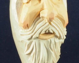 Pearl Heirloom Santa Ornament