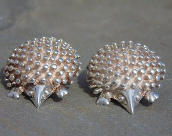 D'Molina ~ Mexican Sterling Silver Hedgehog Clip On Earrings