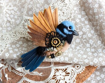 Blue wren brooch Superb fairywren Bird brooch Felted wern pin Maluridae pin Unique gift Gift for her Hand Felted Brooch
