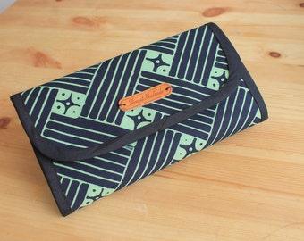 Woman Long Wallet Green Batik, Handmade woman wallet.