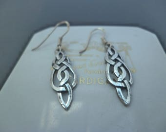 "A pair of vintage arts and crafts style silver earrings - 925 - sterling silver - 1.6"" drop"