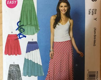 McCalls M6966 - Easy to Sew Flared Skirts with High Low Hem and Contrast Fabric Options - Size XS S M
