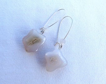 Brass earrings and natural stones - Grey -