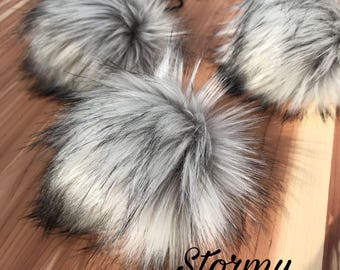 Faux fur pom pom / Stormy Nights / Poms for Beanies / Faux fur poms for crochet / Faur fur poms for knitwear / Hat accessories pom pom