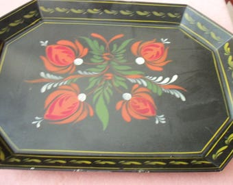 Beautiful Vintage Decorated Tin Tray
