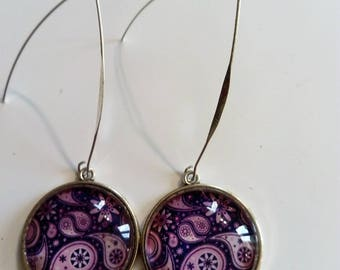 Earring dangle cabochon pink graphic vintage chic pattern