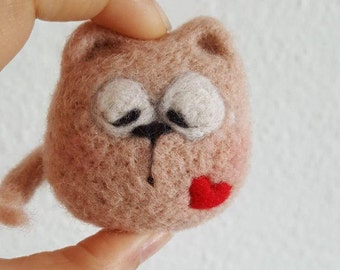 needle felted animal, cat, valentine's, soft sculpture,filztiere,handmade, felt crafts, home decor, gift