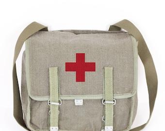 Vintage Medic Messenger Bag Canvas, Red Cross Bag Satchel, Medicine Crossbody Bag Vintage Military Bag Green Canvas Army Shoulder Bag 1980's