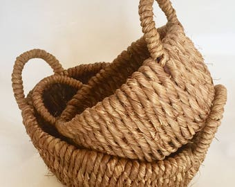 2 baskets in rope and wood