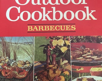 Betty Crocker Outdoor cookbook, Barbecues, 1967 first edition MINT!