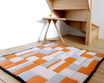 Large quilted baby - white grey orange patchwork rug