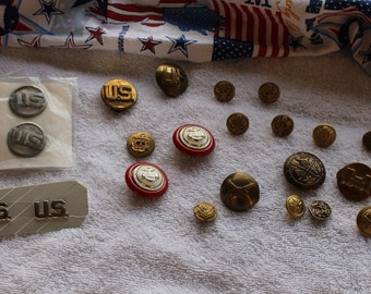 USA Vintage Military Mixed Uniform Buttons and Pins, Bag of 22, Militia, Air Force, Navy, WWII, Police Force, Badge Insignia, Soldier's Pins