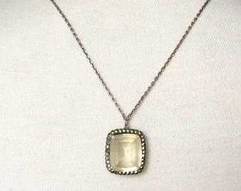 Silver & citrine stone pendant