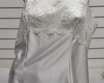 White  Vintage  Camisole   St Micheals  Size 16 #672
