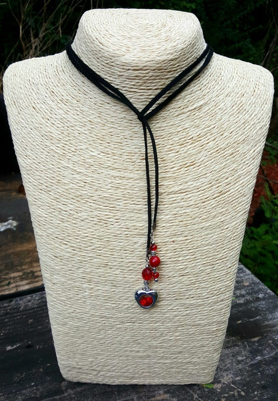 Red & Black Lariat Style Necklace/Choker With Heart