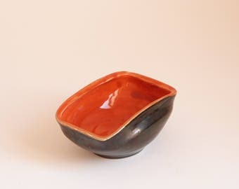 Handmade bowl made in Vaullauris - South of France - 60's