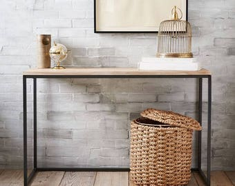 Imagine This Beautiful Simple Stylish Narrow Console Table In Your  Apartment. Entryway Table, Table