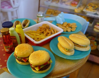 Miniature Burgers Dolls Food 1:6 Scale Beef, Chicken, Handmade by Nadia Michaux