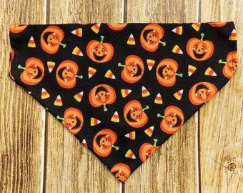 Halloween Dog Bandana. Pumpkins dog bandana. Candy corn dog bandana. Jack o laterns dog bandana. Halloween dog bandana. Small dog. Large dog