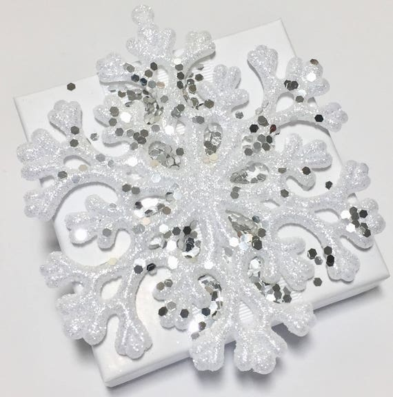 Snowflake - Snowflake Party Favor - Winter Party - Winter Wedding - Ornament -  Snowflake Gift - Snow - Winter Dinner Party - Party - Box