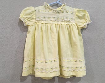 Vintage Nannette Yellow White Lace Floral Dress 9 12 18 months  Short Sleeved