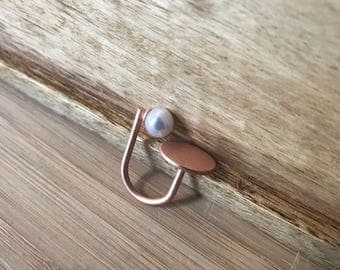 Flat Circle and Pearl Rose Gold Finish Ring, Pearl Ring, Stacking Ring, Stackable Rings, Gift for her, Gift for Sister, Gift for Mom