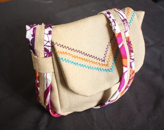 Small bag for child embroidered fabric