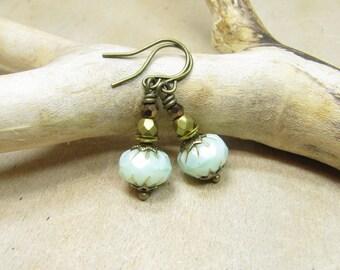 Earrings GOLD night earrings vintage style Oriental Orient, small delicate Messig bronze, beads Bohemian green mint Mint-Green Gold